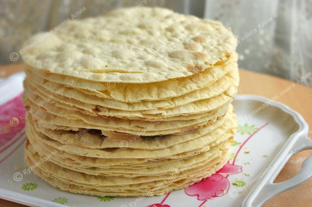 Ответ напишите кто нибудь вкусный рецепт крема для торта,сегодня ночью буду готовить!